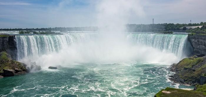 大C游世界 感受尼亚加拉大瀑布的雄伟